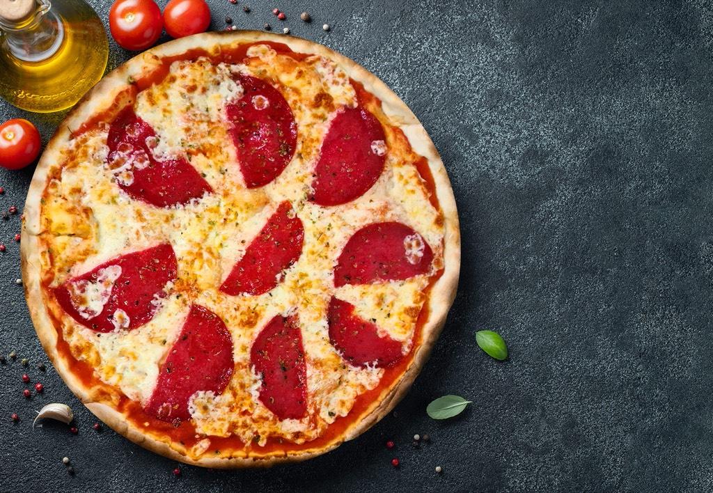 Pizza Salami - Pizzeria Don Carlo Calella